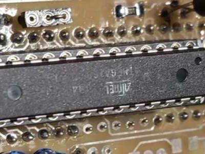 Een 8051 vervangen door een AVR...