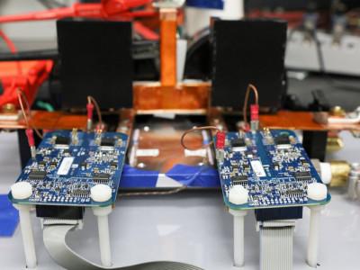 Inductief laden met 120 kW voor elektrische auto's