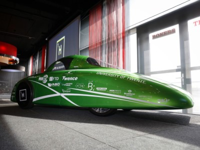 Twentse waterstofauto: sneller en zuiniger