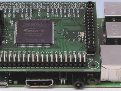 Gratis artikel: Nieuwe CPLD-print met MAX10 – meer logica met de MAX10-familie