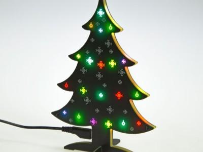 Programmeerbare kerstboom met 20 RGB-LED's