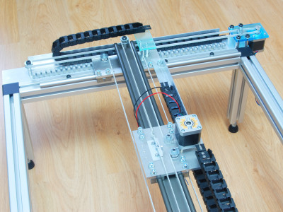 Y-axis cable chain added