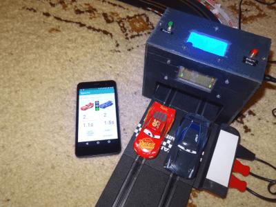 Lapcounter for slot car racing tracks