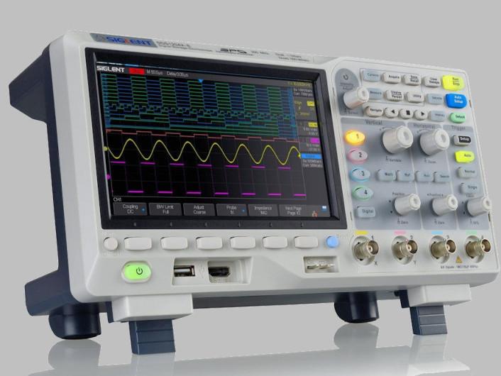 Banc d'essai : oscilloscope à 4 canaux SDS1204X-E