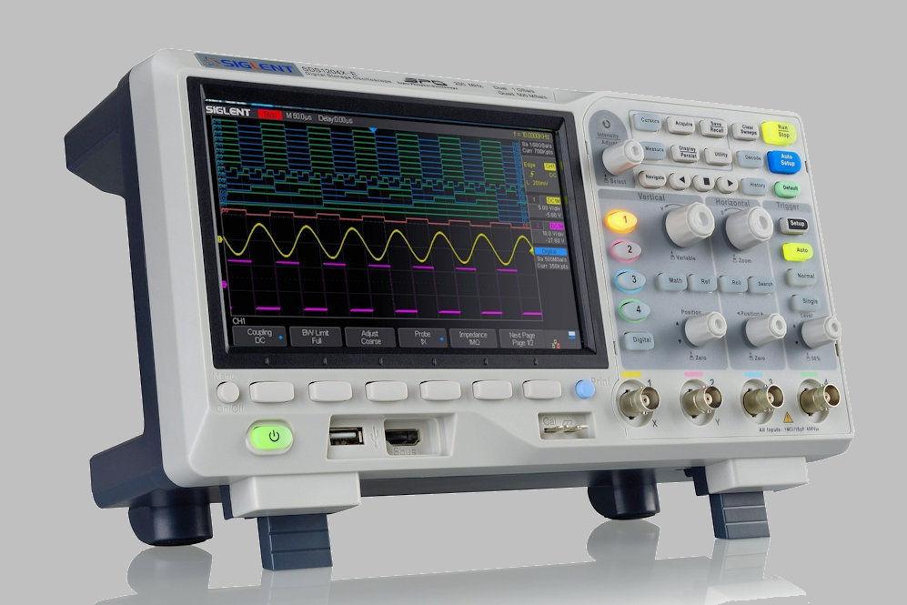 Siglent SDS1204X-E - 1.jpg