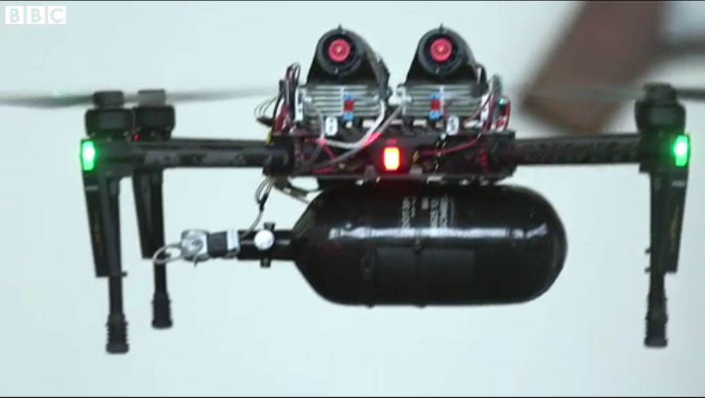 """Down with the batteries, I'm flying """"fuel cell""""! 
