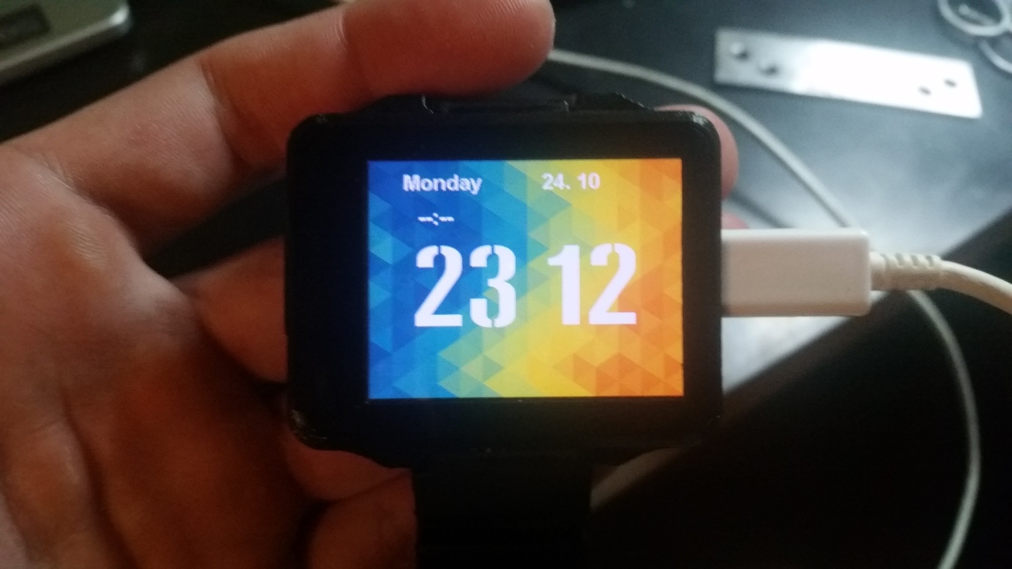 Nwatch Build And Program Your Own Smartwatch 160326 Elektor Tutorial 1 For Eagle Schematic Design Youtube Labs Magazine