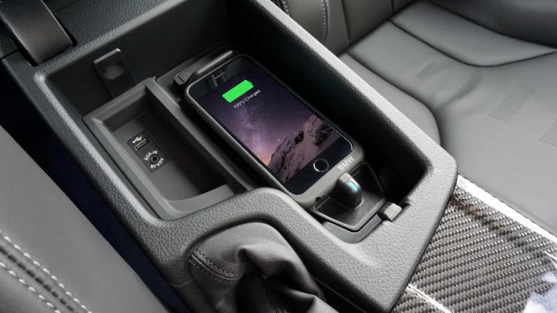 De Voordelen Van Draadloos Opladen In De Auto Elektor Magazine