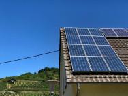 Sonnenenergieernte. Bild: Elektor/TS