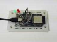 La LED RGB est verte: les identifiants de connexion au réseau du routeur sont corrects.