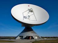 Station de communication avec les satellites en Bavière. Illustration: Richard Bartz, Wikimedia, CC 2.5.
