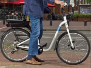 SOFIE kan de veiligheid van (oudere) fietsers in het verkeer vergroten (foto: Universiteit Twente).