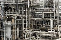 Refinery obsolescence management thumb