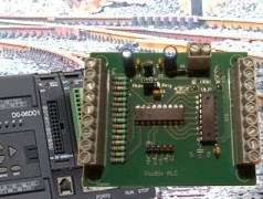 Build a model railroad traffic light controller