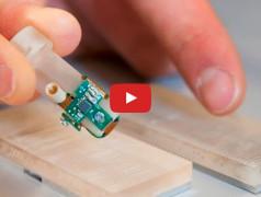 Künstlicher Finger fühlt Oberflächenstrukturen