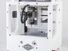 Die Firma Other Machine steht für hochqualitative Desktop-Fräsmaschinen.