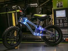 Le vélo de Phantom Frames et son cadre lumineux