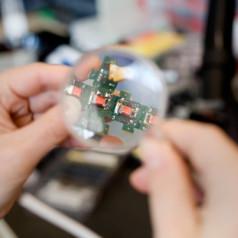 Smart Sand: Self-assembling Modules Can Replicate Objects