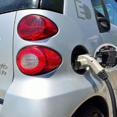 80% price drop in EV batteries
