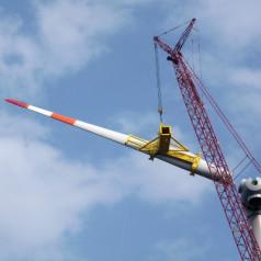 Windenergie in riesiger Fluss-Batterie speichern