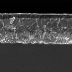 Vue microscopique du film perovskite triple-cation © M. Grätzel/EPFL