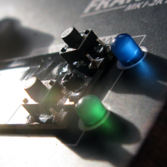 Review: mini-synthesizer-kit voor 30 Euro