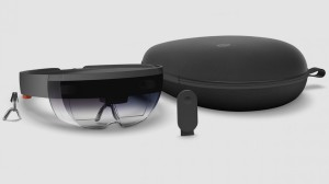 Microsoft HoloLens bundel, bekeken door een niet-VR-bril