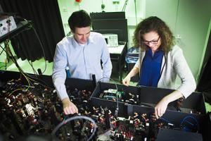Bouwsteen voor quantumcomputer met ingebouwde foutcorrectie