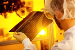 Organic Solar Film adds Tint and Power