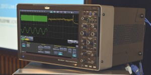 World's First 100 GHz Real-time Oscilloscope