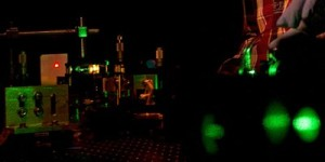 Laser: viele Farben aus gleichem Material