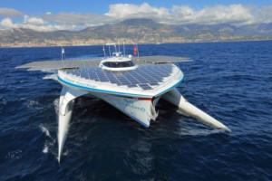 Größtes Solarboot der Welt fährt weiter