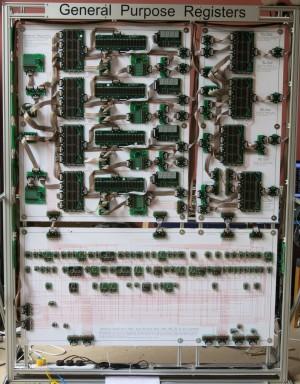 Diskreter 16-bit-Computer. Alle Bilder: James Newman