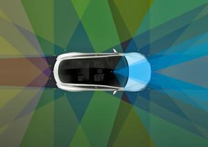 Hammer: Echter Autopilot in allen neuen Autos von Tesla!
