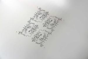 Schablonendaten mehrerer Kunden werden zur Kostenoptimierung auf einem gemeinsamen Sammelnutzen platziert.