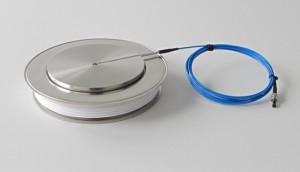 Lichtgesteuerter Hochleistungs-Thyristor mit Schutzfunktionen