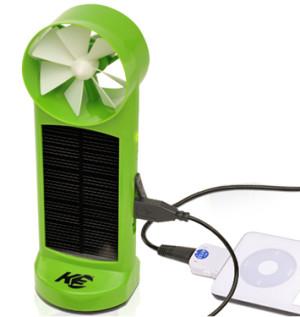 Chargeur solaire et éolien pour randonneurs