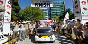 Gezinsauto op zonne-energie wint in Australië