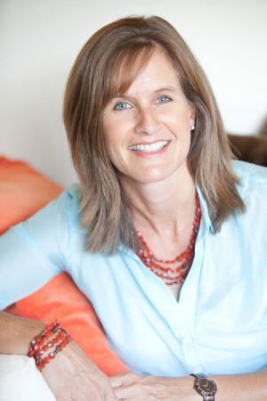 Rebecca Geier heeft leiding gegeven aan marketing-programma's bij verschillende technologie- en marketingbedrijven. Ook was zij gedurende veertien jaar lid van het Marketing Leadership Team van National Instruments.