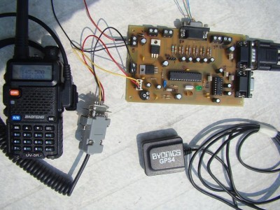 Complete setup of the system, including the board, the VHF radio and the GPS.