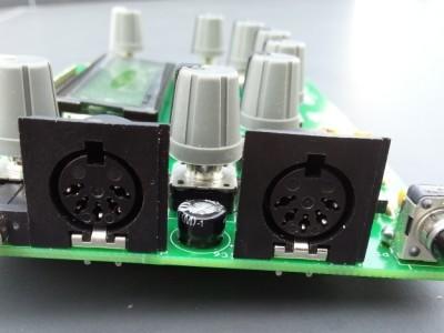 V1.0 the MIDI connectors are too big. Note the 5 mm cap.