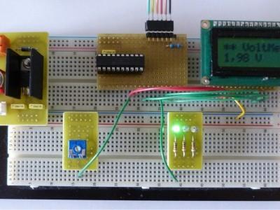 Voltmeter example : 7805 - PIC16F690 - Display LCD ....