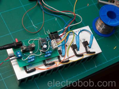 Mounting the transistors on the heatsink