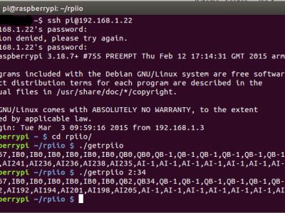 Een voorbeeld van inloggen, alle I/O inlezen en de 2 eerste uitgangsbytes aansturen.