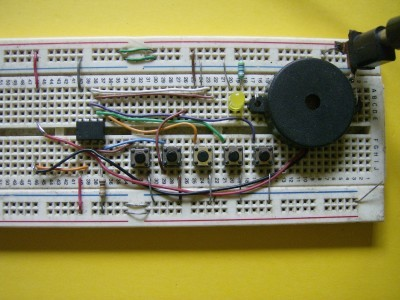 The complete circuit built in a breadboard