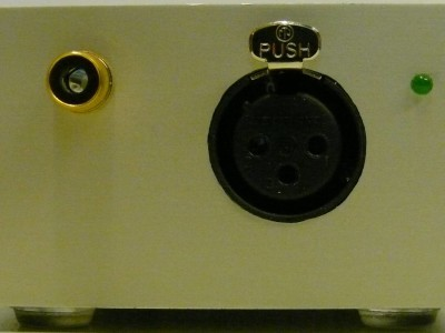 View on the in and output of the microphone preamplifier