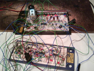 "nixie-VFD tuner, indicating a tone ""A"" (110Hz)"