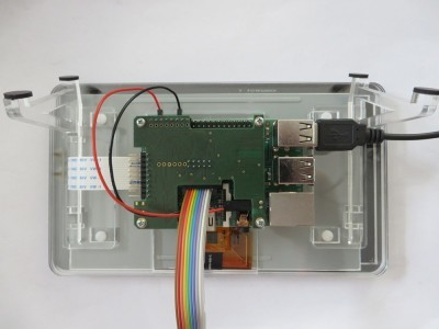 "DIAMEX Pi-OBD add-on board attached to Pi 2 with 7"" touchscreen"