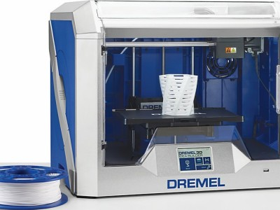 New Dremel 3D printer under test