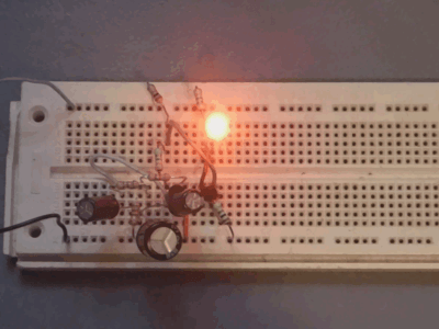 Sinusoidal LED fader using Twin-T oscillator
